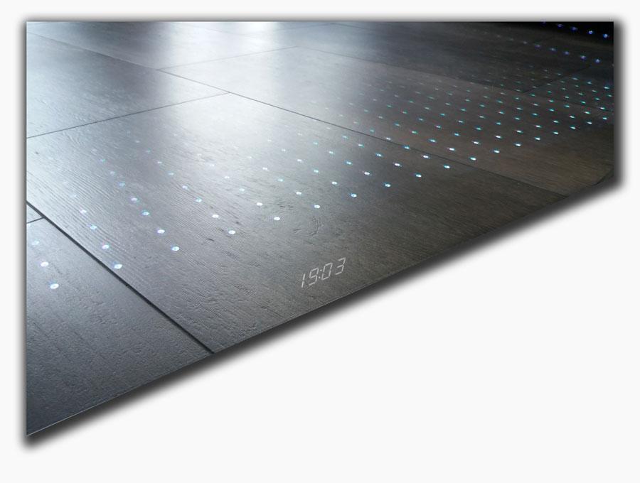 Lustro ledowe z zegarem LED